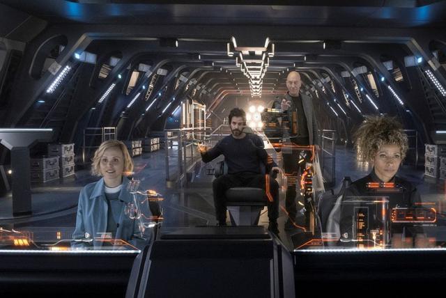 画像1: 「新スター・トレック」のピカード艦長を主役にしたトレッキー待望のSFアクション作「スター・トレック:ピカード」のBD-BOXが、3月3日に発売