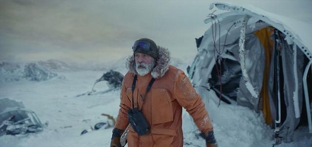 画像: 北極圏での孤独な日々と、通信手段を求めて北極圏を移動するサバイバル