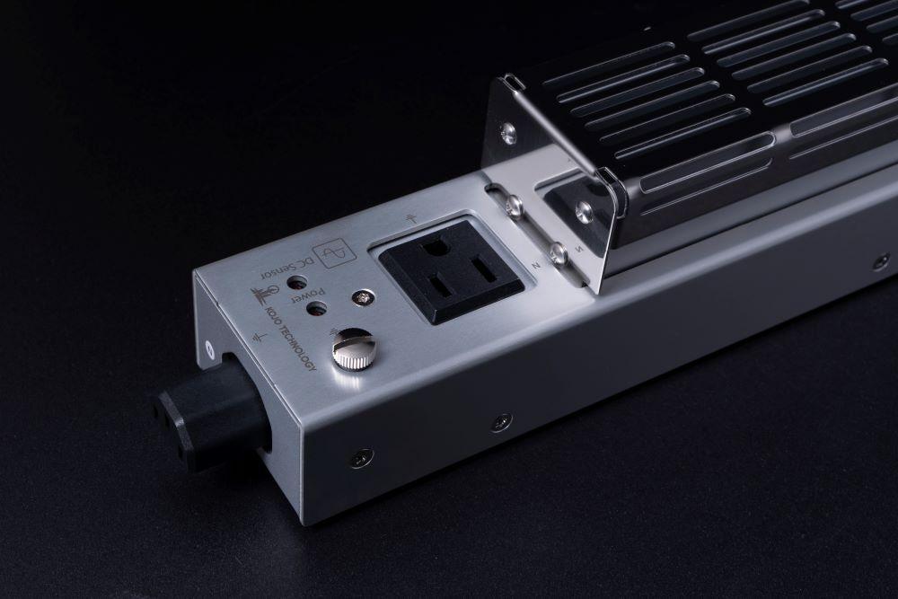 画像1: 光城精工、トランスのハムノイズを抑制してくれる新電源タップ「Crystal H1P」を2月15日に発売。電源ケーブルをセットした特別パッケージも用意