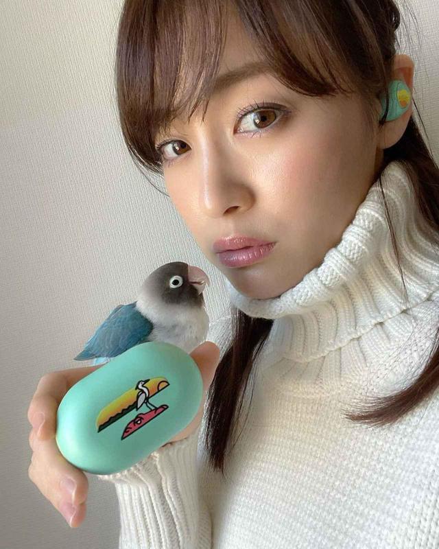 画像4: TOoKA BASE、セント・フォース・アナウンサー「新井恵理那」「岡副麻希」「鷲見玲奈」らとコラボした完全ワイヤレスイヤホンを発売