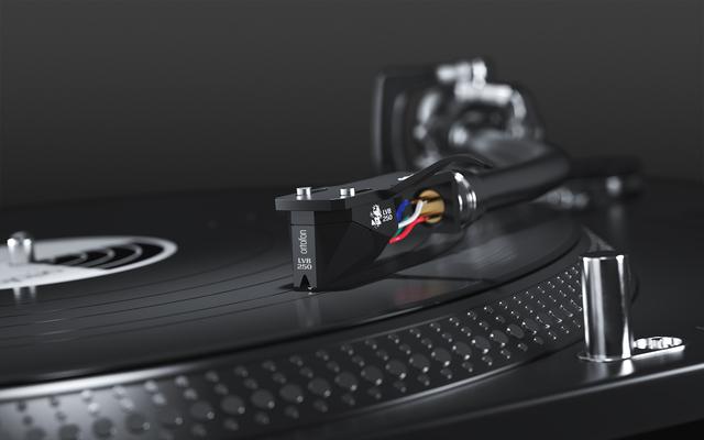 画像: MMの最高傑作ついに登場。「楽聖」生誕250周年記念のプレミアムモデル 2M Black LVB 250|ニュース|ortofon - オルトフォンジャパン