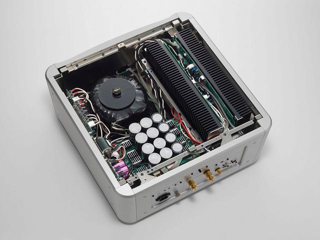 画像3: エソテリックの新型モノーラルパワーアンプ「Grandioso M1X」が4月1日に発売。最新の回路技術を搭載し、「Grandioso X Edition」は完成形へ