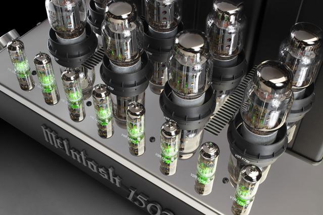 画像2: McIntosh、記念モデル「MC2152」の後継となる真空管パワーアンプ「MC1502」、モノーラル仕様の半導体パワーアンプ「MC830」を発売
