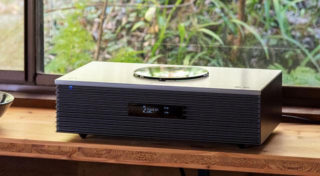 画像3: テクニクス「SC-C70MK2」は、新生活を豊かに彩る素敵なオールインワンシステムだ。ラジオからハイレゾ、レコードまでこの音で楽しめる幸せを実感する(後編)
