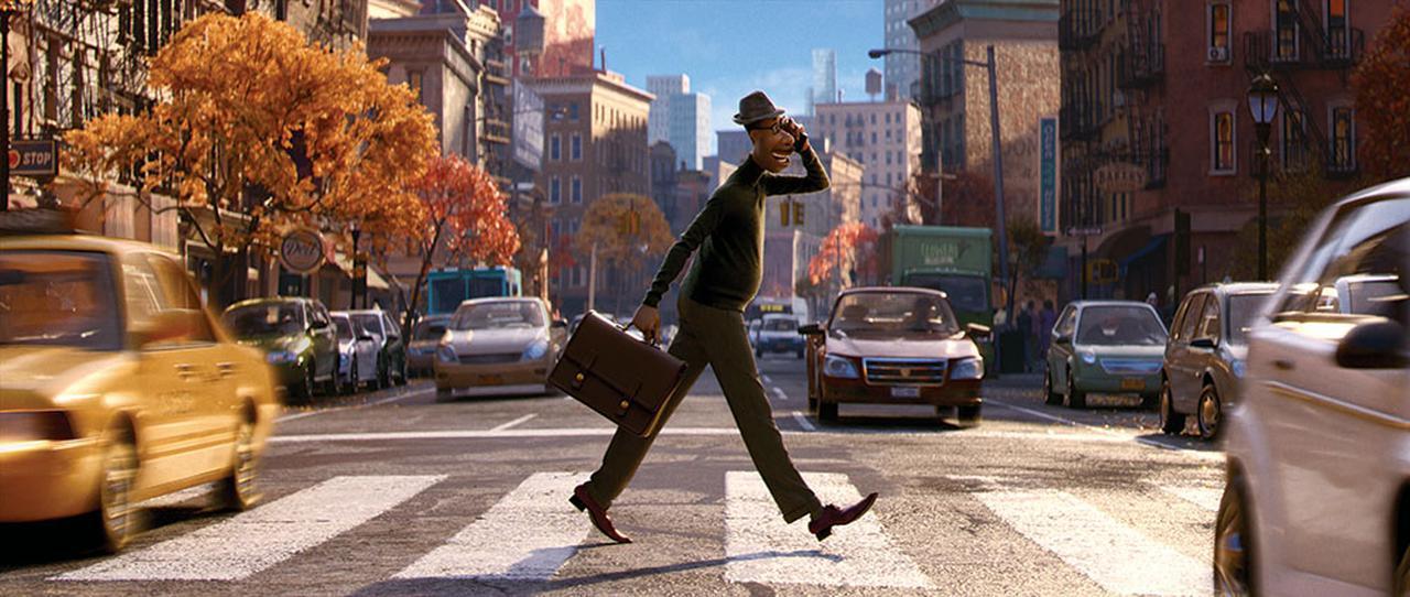 """画像1: ディズニー&ピクサー史上""""最も深い""""感動の物語『ソウルフル・ワールド』が3月31日に配信スタート。4月28日にはUHDブルーレイも発売"""