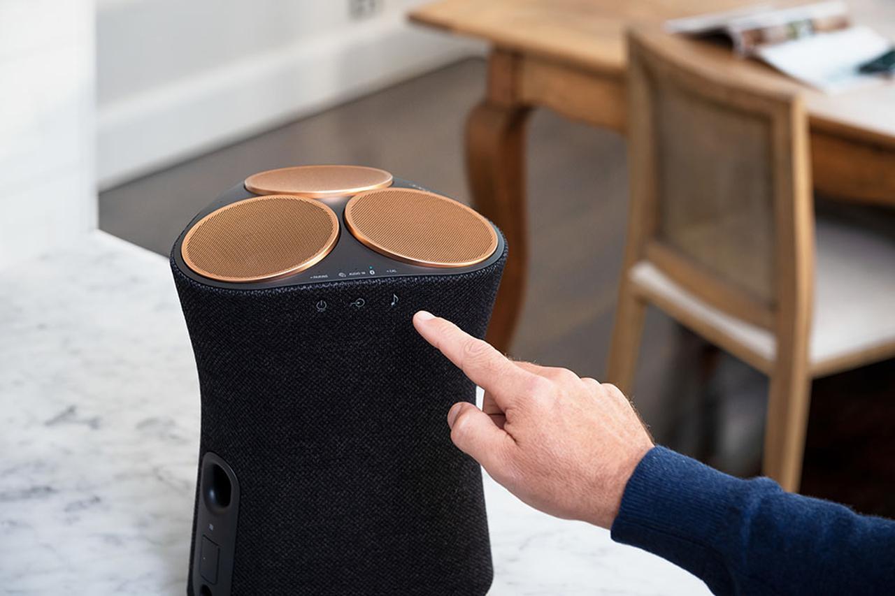 画像: 一台で包み込まれるような音場を再現。ソニーが立体音響再生技術 360 Reality Audioに対応した一体型スピーカー「SRS-RA5000」「SRS-RA3000」を、4月16日に発売する - Stereo Sound ONLINE