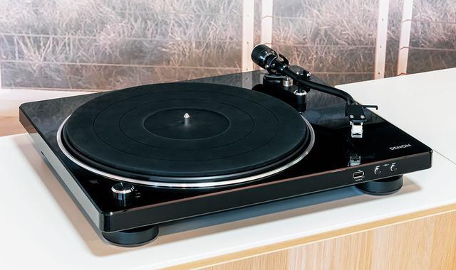 画像: ●レコードプレーヤー: DP-450USB ¥70,000(税別)