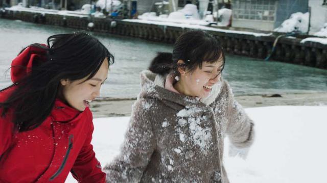 画像2: 【コレミヨ映画館vol.54】『海辺の彼女たち』 雪が残る北の町にたどりついた少女たち。新人監督のすばらしい青春映画!