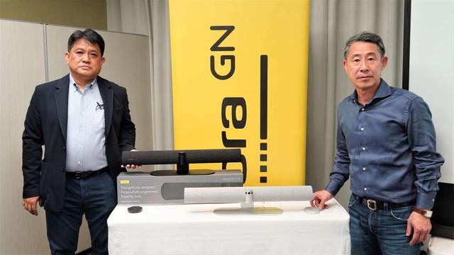 画像: 発表会に登壇した、安藤 社長(右)とvideo担当の加藤氏(左)