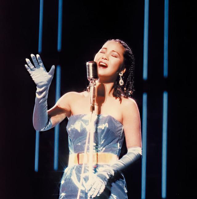 画像2: LP『テレサ・テン ラストコンサート』は、まるで昨日収録されたかのような鮮度の高い臨場感。フルリミックス音源から作られた、初めてのレコードの魅力を堪能!