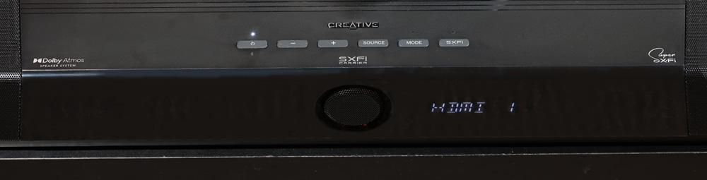 画像: ▲「Creative SXFI CARRIER」の天面。左端には誇らしく「Dolby Atmos」という表記がある
