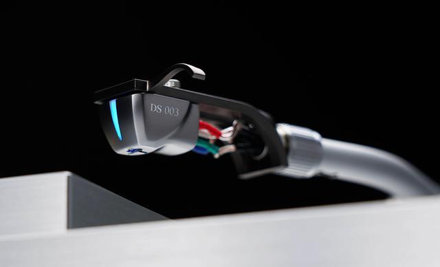 画像: DS Audioの光カートリッジ「DS0003」が5月25日に発売。Grand Masterで採用された第三世代振動系を踏襲した