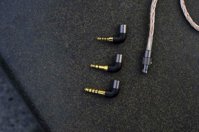 画像4: qdc、IEMのフラッグシップモデル「Anole V14」を6月4日に発売。カスタム/ユニバーサルを選択可。プラグは3.5mm、2.5mm、4.4mmに対応