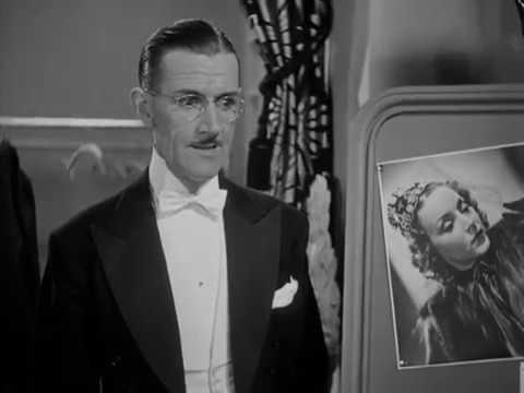 画像: The Sap Takes a Wrap with Charley Chase 1939 youtu.be