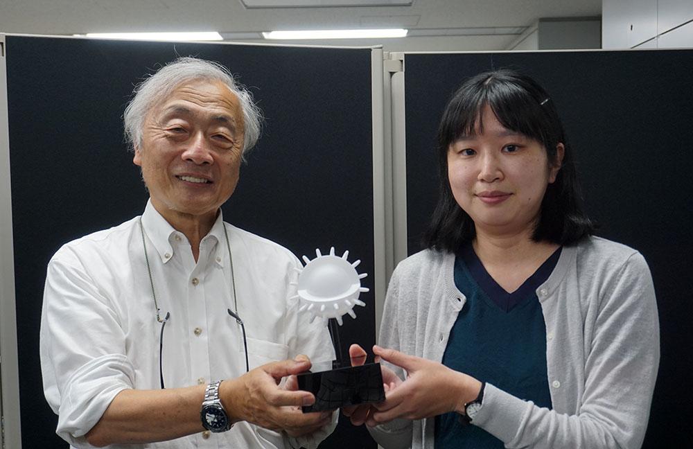 画像: ●取材に協力いただいた方 日本放送協会 放送技術研究所 新機能デバイス研究部の岩崎有希子さん
