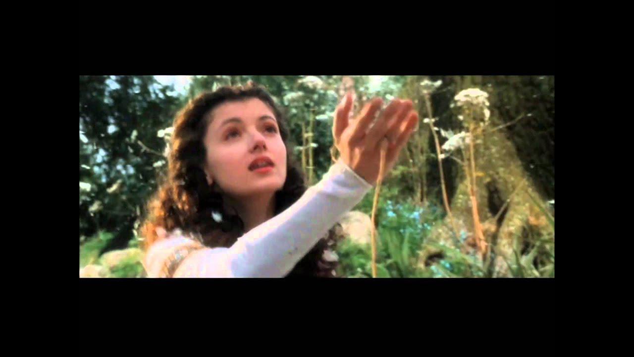画像: 禁断のユニコーンに触れてしまったために、呪いをかけられ、闇の魔王に囚われてしまった王女リリー。 森に住む若者ジャックは、森の妖精やこびとたちと共に姫を救出すべく作戦を練るのだが・・・ youtu.be