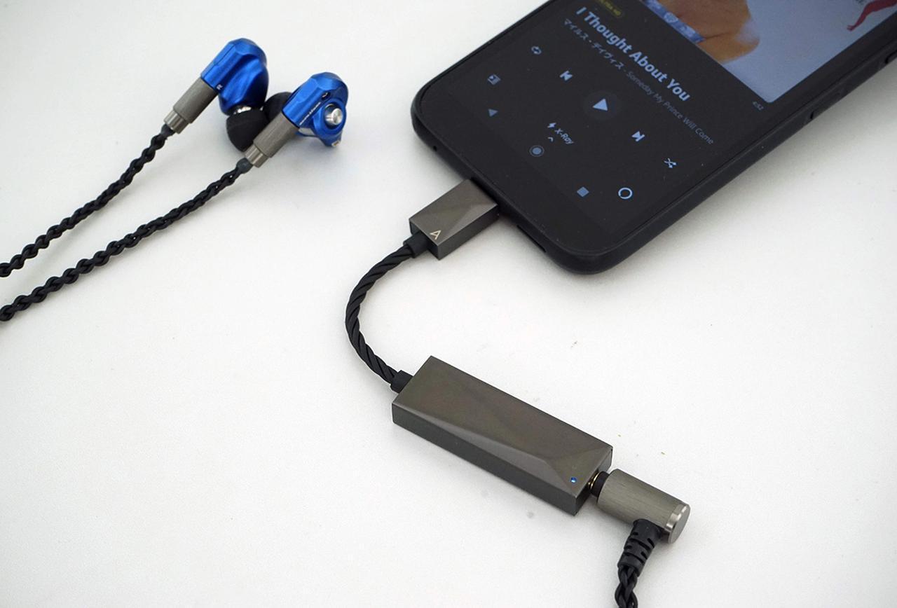画像: 手軽にスマホ&PCの音質をアップ リモートワークのお供にも最適 Astell&Kern PEE51 AK USB-C Dual DAC Amplifier Cable