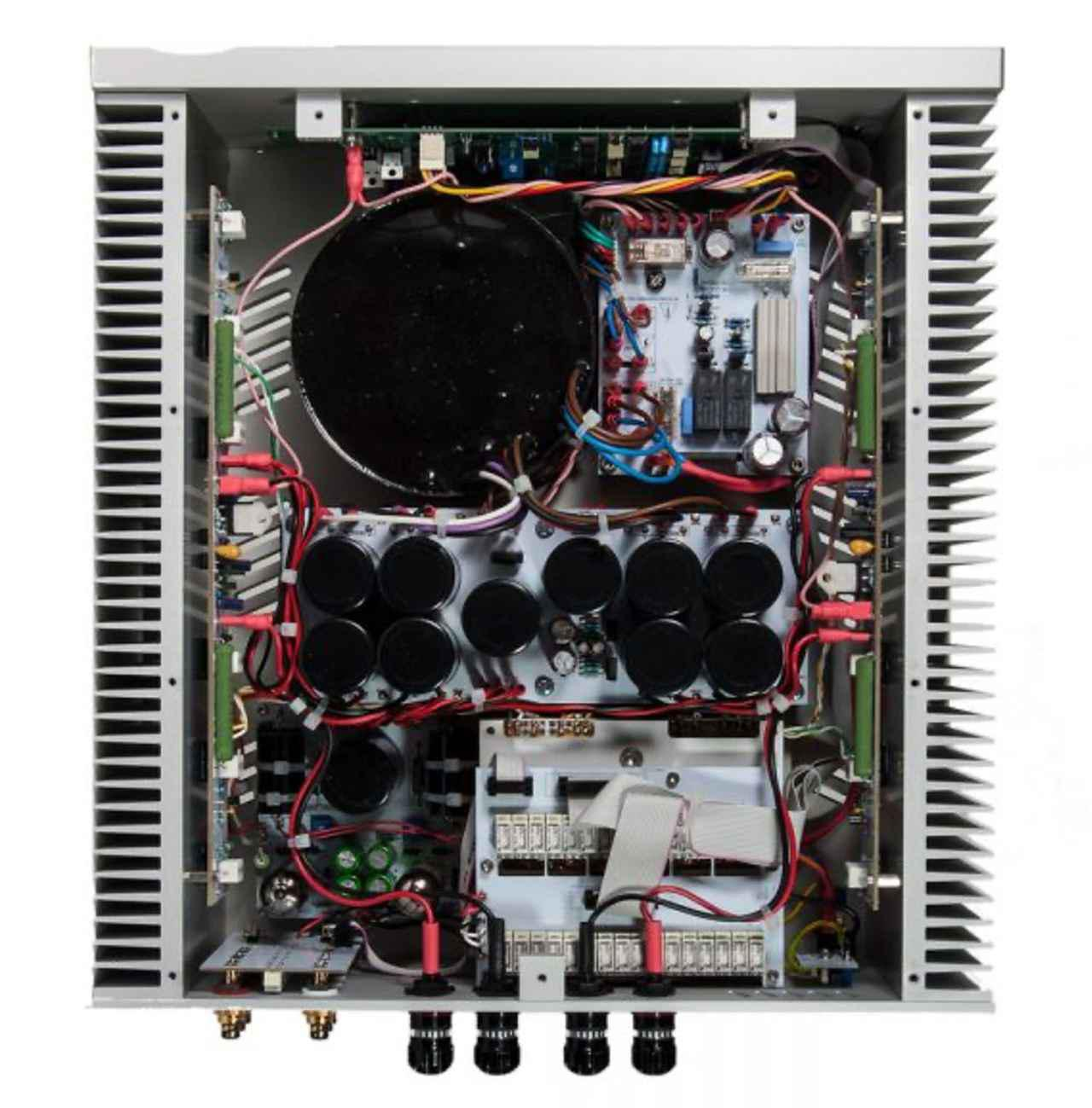 画像1: ステラ、Ypsilonの高級インテグレーテッドアンプ「PHAETHON」の受注を9月1日からスタート。プリ部に真空管、パワー部にMOS-FETを使用したハイブリッド方式