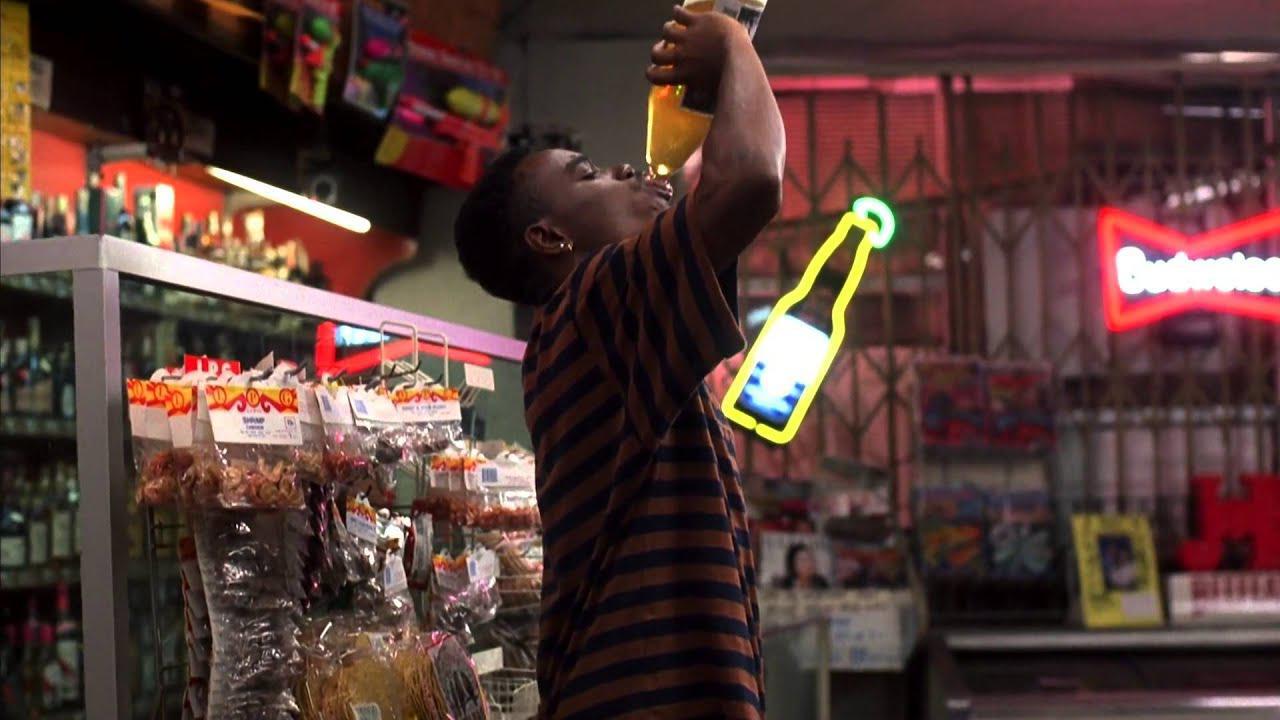 画像: Menace II Society intro (Liquor store robbery) www.youtube.com