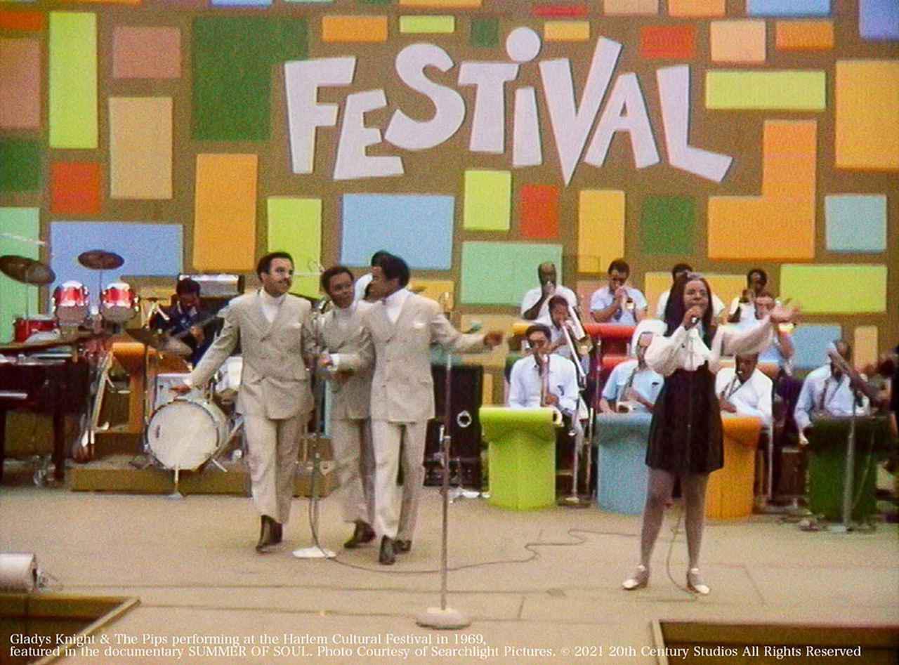 画像2: 【コレミヨ映画館vol.61】『サマー・オブ・ソウル(あるいは、革命がテレビ放映されなかった時)』 『アメリカン・ユートピア』の次はコレ! 時代と音楽を追った傑作ライヴ映画