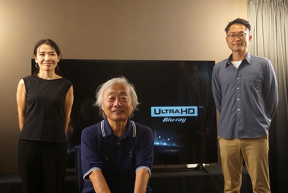 画像: インタビューをお願いした方々。麻倉さんの左はLG Electronics Japan株式会社 Marketing Team Team Leaderの宇佐美有佳さんで、右はMarketing Team Marketing Communication Partの塩野拓也さん