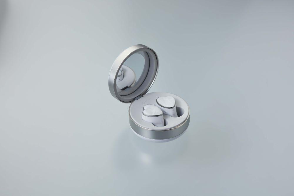 画像1: AVIOT、耳元を美しく飾る完全ワイヤレスイヤホン「TE-D01r」を11月に発売。タイアップアーティストは「PUFFY」
