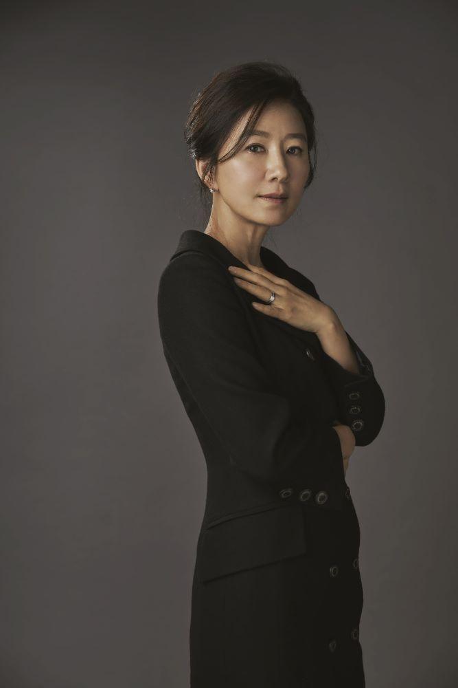 画像1: 韓国の大ヒットドラマ『夫婦の世界』で夫婦を演じた「キム・ヒエ」と「パク・へジュン」のオフィシャルインタビュー到着