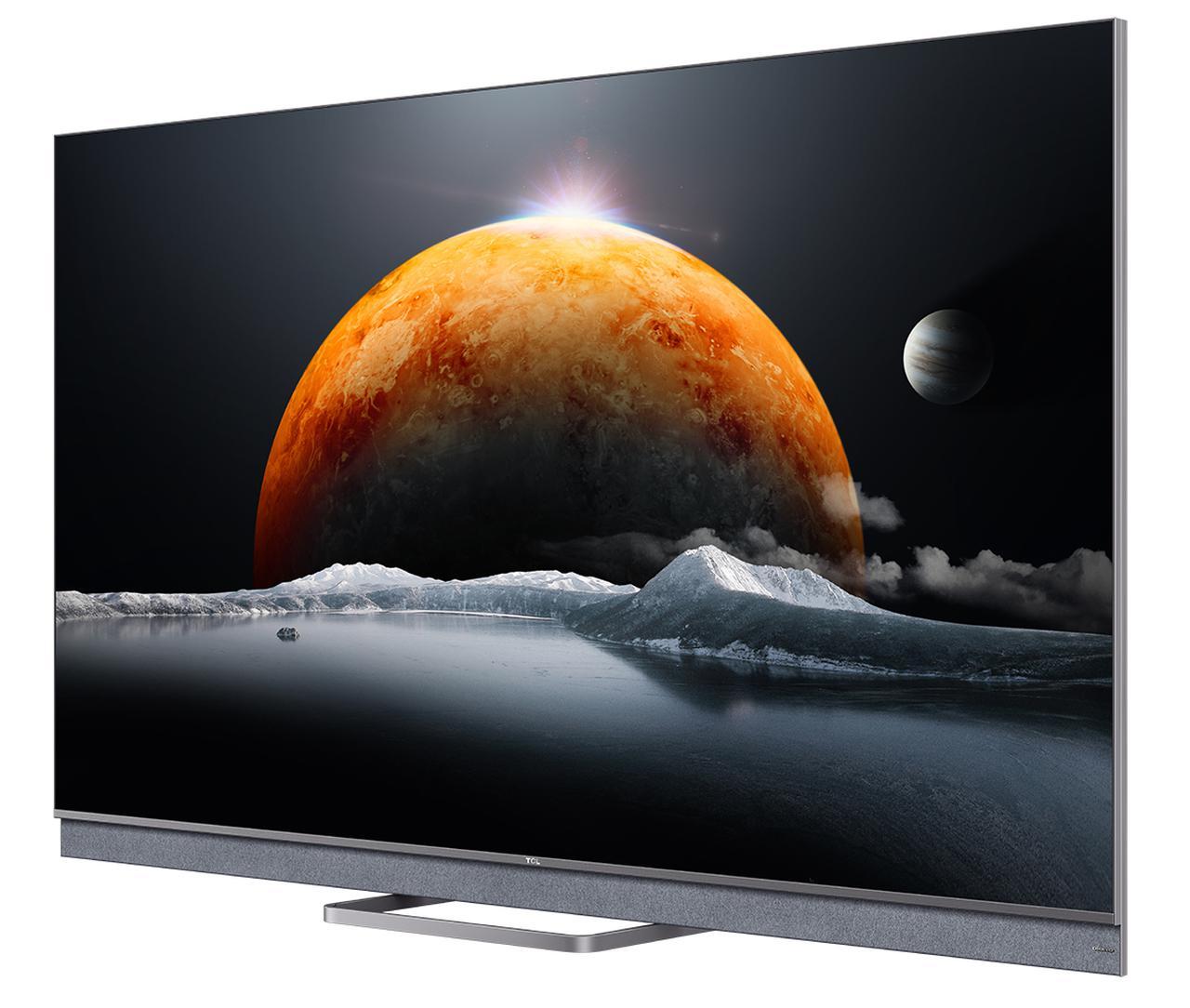 画像: TCL 55C825 オープン価格(実勢価格20万円前後) ●画面サイズ:55インチ ●解像度:水平3840×垂直2160画素 ●内蔵チューナー:地上デジタル×2、BS/110度CSデジタル×2、BS/CS4K×2 ●接続端子:HDMI入力3系統(うち1系統eARC対応)、ほか ●消費電力:250W ●寸法/質量:W1,227×H772×D255mm/22.4kg ●問合せ先:TCLエレクトロニクスジャパン