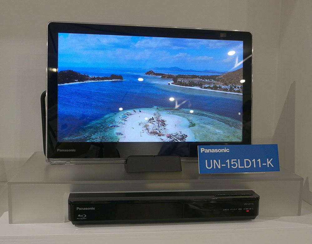 画像: 「UN-15L11」は、チューナー部に録画用HDDやBD/DVDドライブを搭載する