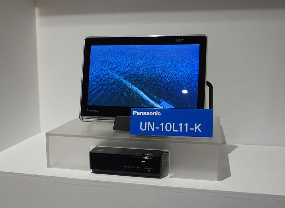 画像: 10インチ画面の「UN-10L11」。L11シリーズもチューナー部に別売のUSB HDDをつなげば番組録画が可能