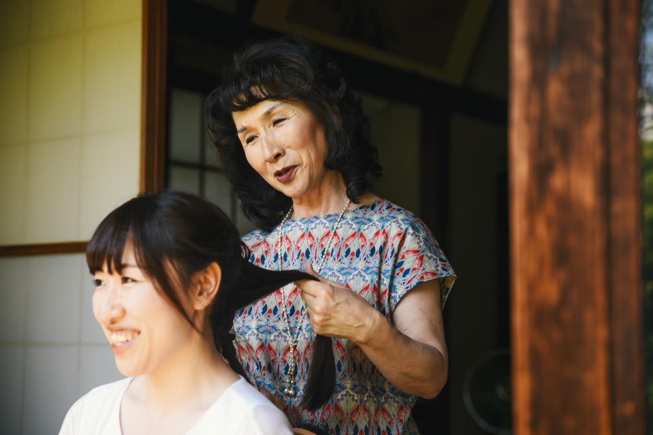 画像3: 髪を結いながら思い出す、思春期の娘へ毎日贈った母からの手紙