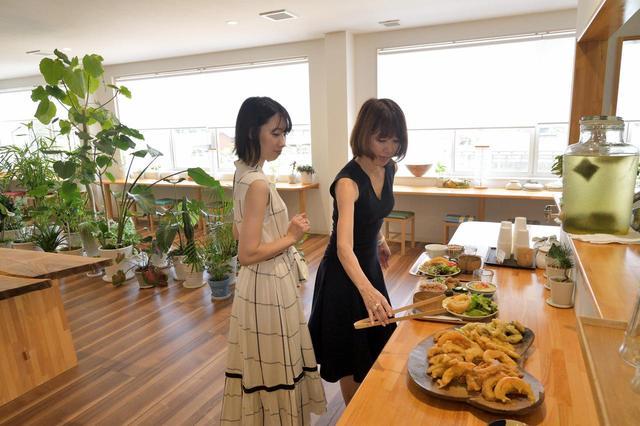 画像3: 最初の目的地「tamaki niime」に到着!野菜のみを使った体に優しいおばんざいでランチ。