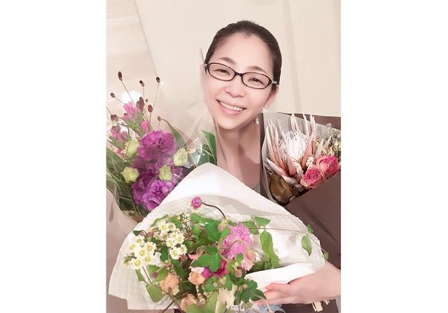 画像: 花束をプレゼントして、お母さんとの大切な思い出を再発見