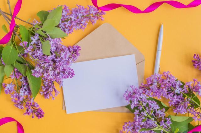 画像: 古希(古稀)祝いの贈り物に手紙を添えよう。想いが伝わるメッセージの文例