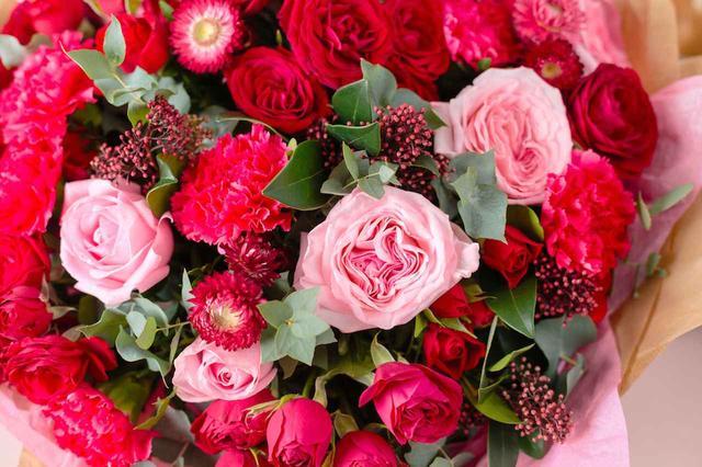 画像: 還暦祝いのプレゼントで女性が喜ぶ赤いものは?お母さんへの還暦祝いギフト