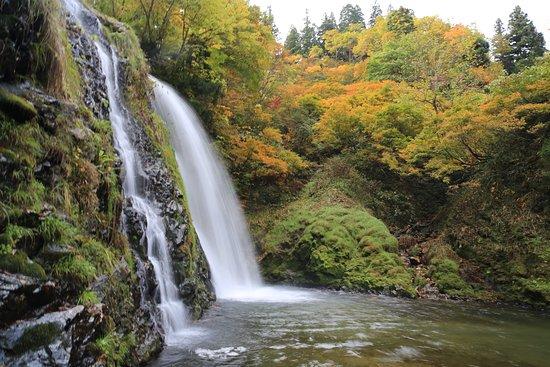 画像: 白銀の滝