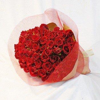 画像: 赤バラの花束