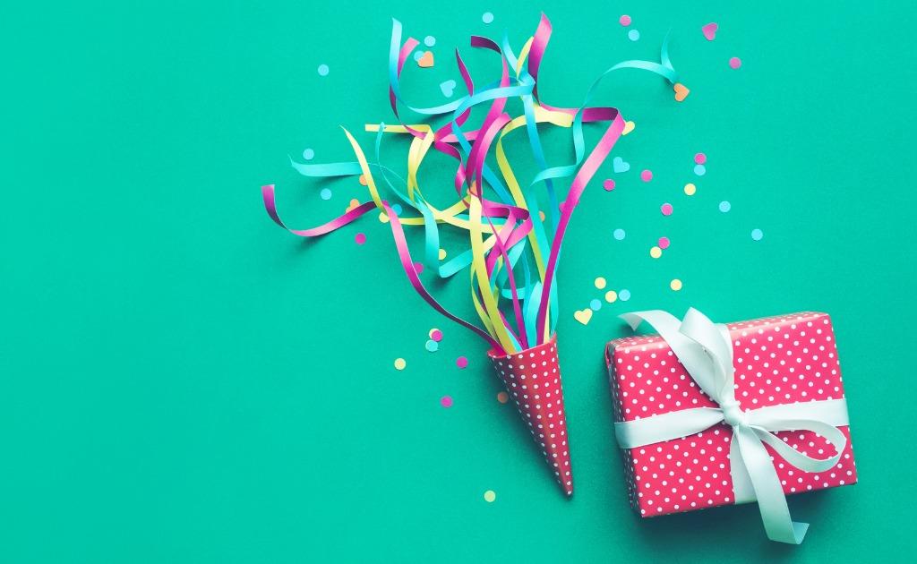 喜寿】お祝いのメッセージを送ろう!喜ばれるためのポイントや文例をご紹介 - 親孝行・家族のお祝いメディア【だんらん日和】