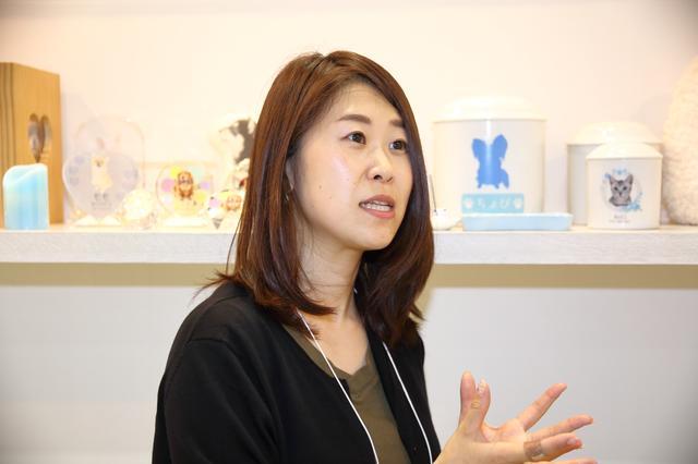 画像: 取締役統括事業部長・店舗運営責任者の関口真季子氏