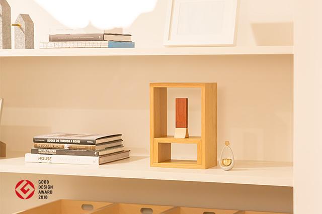 和洋問わないシンプルなデザインが生活空間に馴染みやすい
