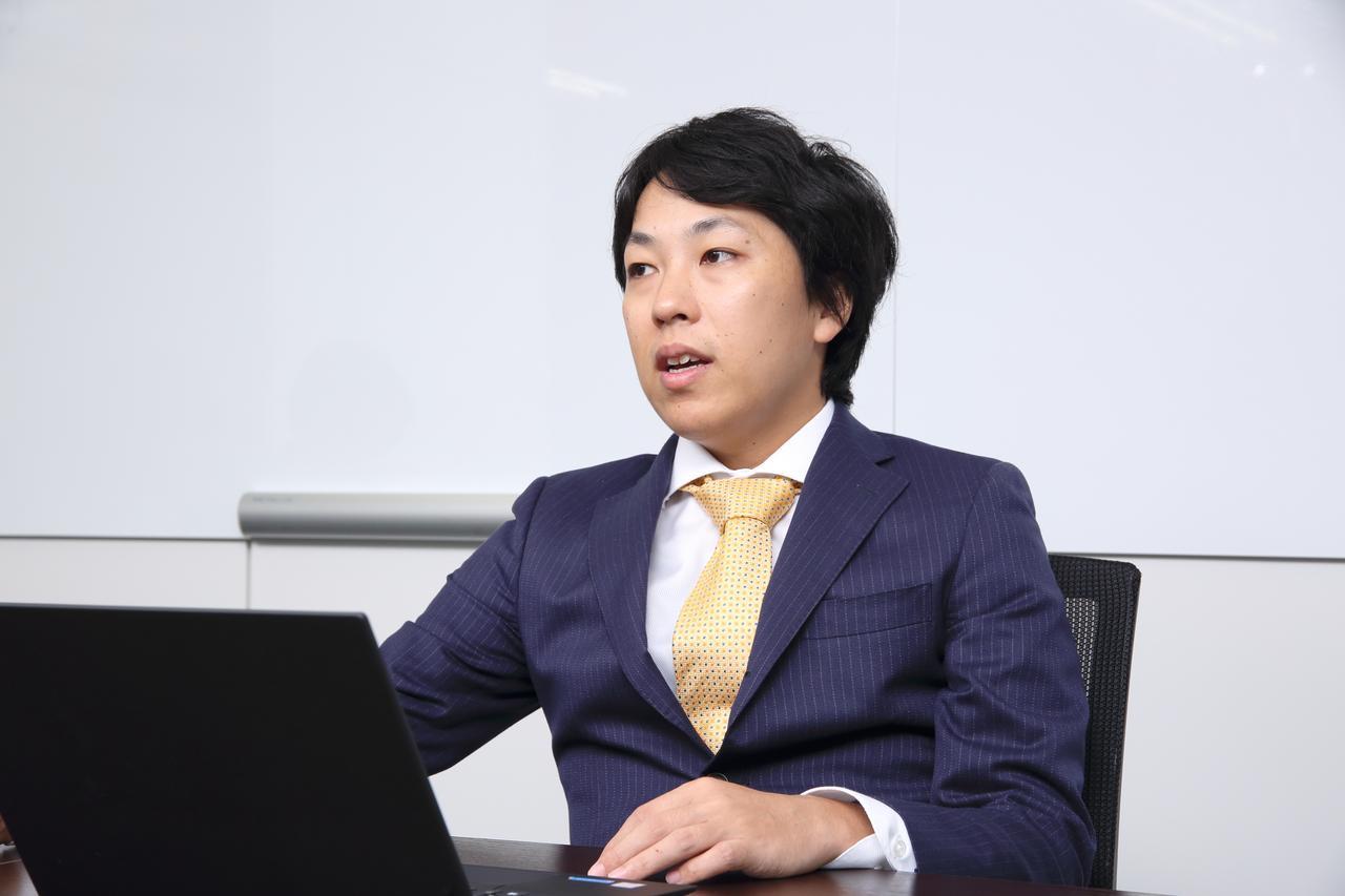 画像: 幼い頃から格差社会に疑問を持ち、世の中に貢献できる仕事に就きたいと考えていたという芦沢氏