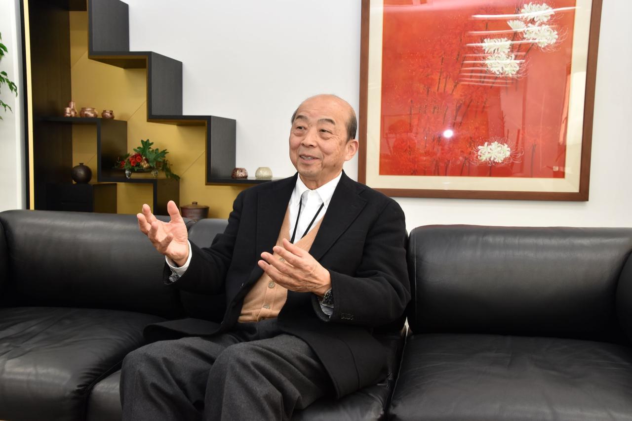 画像: 「仏壇・仏具だけでなく、お客様からの要望があればどんなことにもチャレンジしています」と八木社長