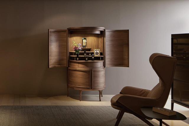 画像: 技術とデザインの粋を集めたという最高級仏壇「グランクリュ」シリーズ