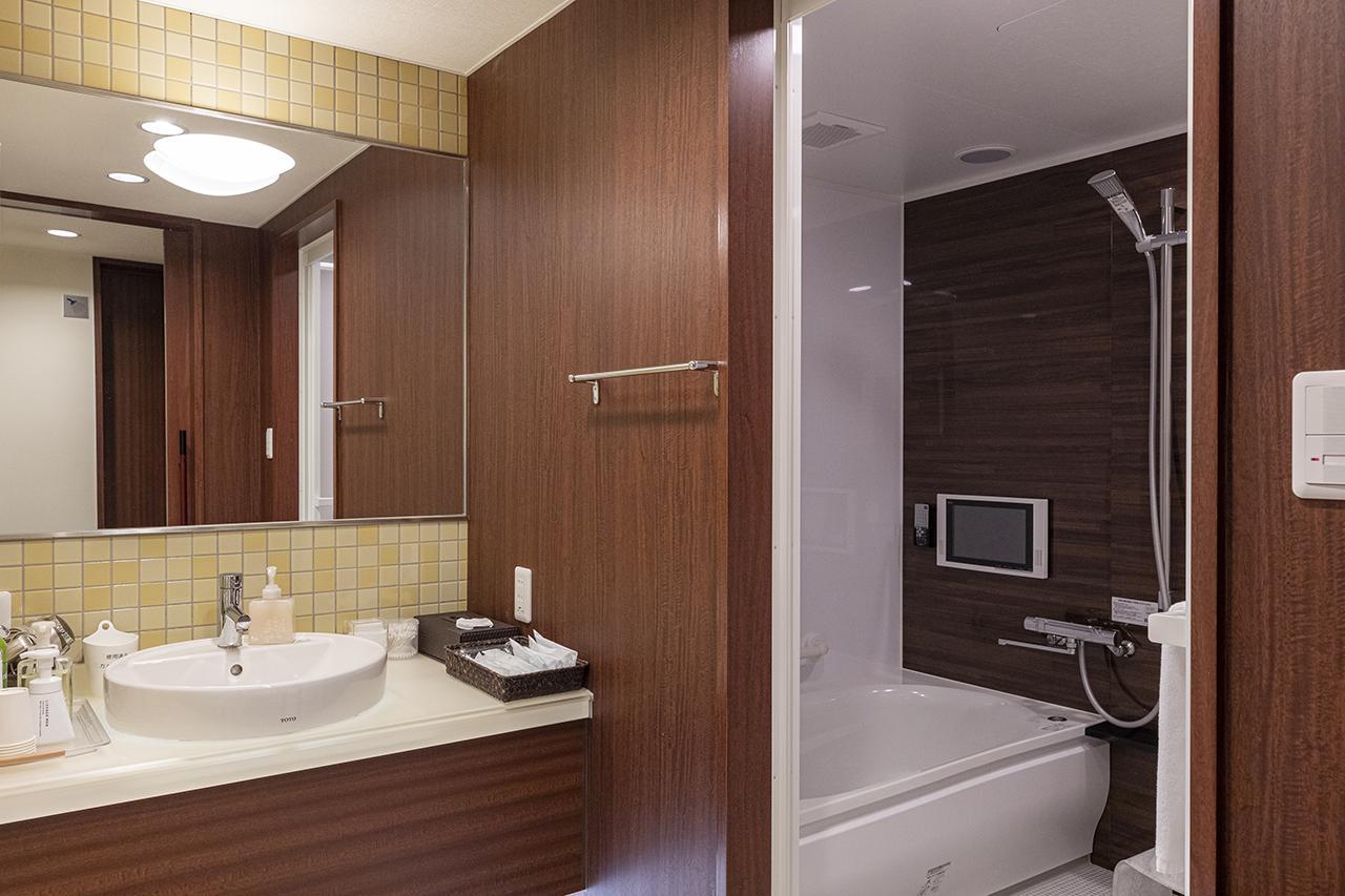 画像: ご自宅同様に寛いでいただけるバスルーム