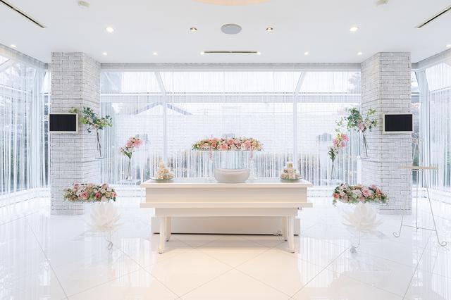 画像: ウィズハウスは「メモリアルむらもと」が展開する家族葬向けのホール with-house.jp