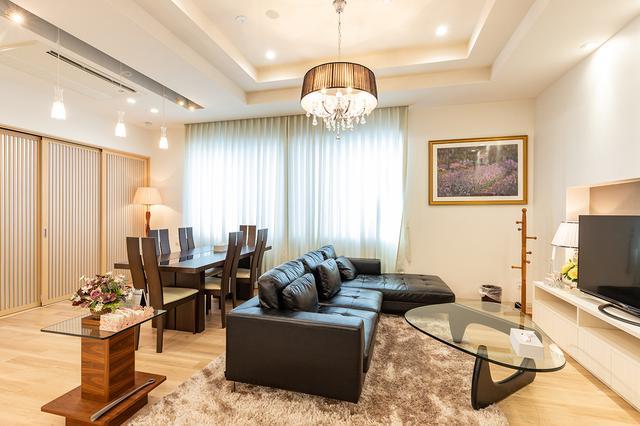 画像: 自宅のリビングで過ごすような遺族控室