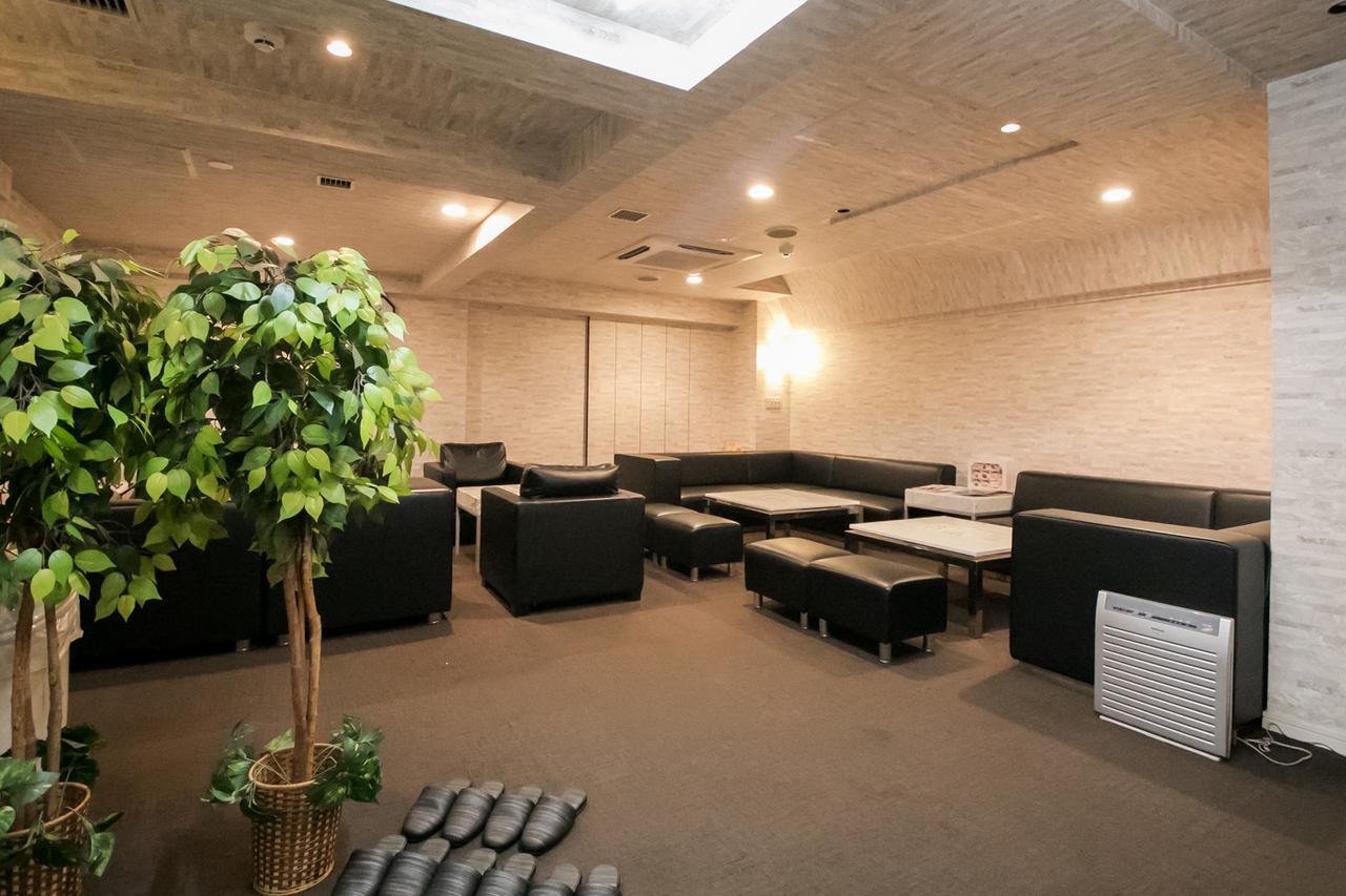 画像1: 大阪梅田・6階建て「ご安置ホテルリレーション」- あの葬祭ホールへ行ってみた Vol.5