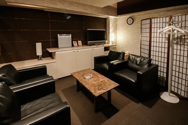 画像: ゆったりした僧侶控室
