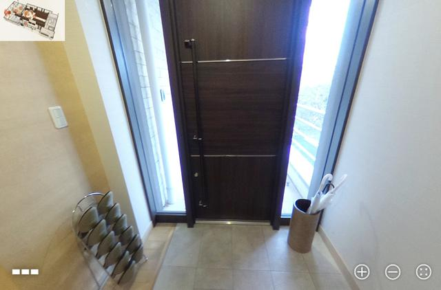 画像: (360°カメラの映像)会葬者用の出入り口とは別に、遺族控室に通じる玄関スペースが。 細やかな心配りが嬉しい
