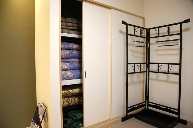 画像: 宿泊用布団も完備